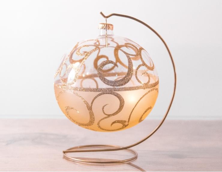 Boule de Noël transparente arabesques...