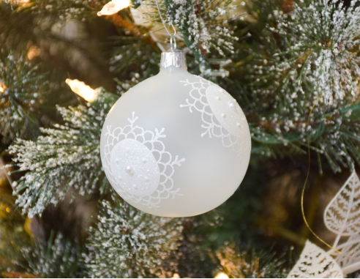 Boule de Noël en verre blanche mate...