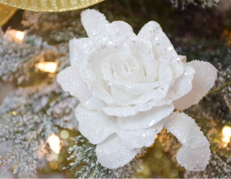 Fleur - Rose blanche sur clip sapin...