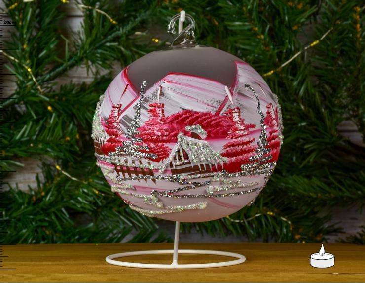 Boule de Noël rouge avec chalet...